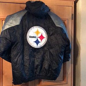 Starter kid sz L 10/12  Steeler 1/2 zip jacket